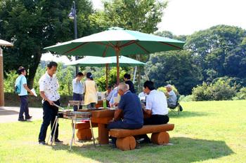 公園 茅ヶ崎 バーベキュー 里山 里山にバーベキュー場 4日からオープン