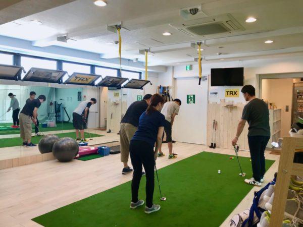 ベルヴィ湘南茅ヶ崎ゴルフスタジオ パター レッスン インドアゴルフスタジオ 実弦コーチ