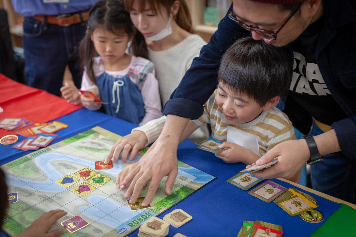 【親子のTAKURAMI】親子で遊びながら、これからの基礎力「プログラミング的思考」を育もう!